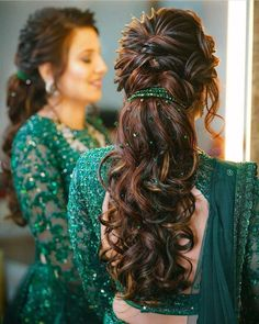 Hairstyles For Gowns, Open Hairstyles, Ponytail Hairstyles, Bride Hairstyles, Simple Hairstyles, Hairstyles With Lehenga, Gorgeous Hairstyles, Winter Hairstyles, Trending Hairstyles