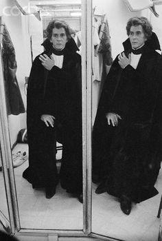 frank langella dracula | Frank Langella as Dracula Looking in Mirror