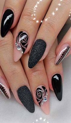 8 Beautiful Nail Art Designs for Short Nails – Tech the bite Classy Nails, Stylish Nails, Fancy Nails, Trendy Nails, Cute Nails, Beautiful Nail Art, Gorgeous Nails, Nail Designs Spring, Nail Art Designs
