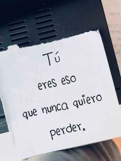 Find images and videos about love, phrases and frases en español on We Heart It - the app to get lost in what you love. Amor Quotes, Life Quotes, Laura Lee, Frases Love, Just For You, Love You, Tumblr Love, Love Phrases, Sad Love