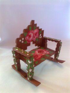 Muebles para tu muñeca Tipo Barbie o para Decorar un rinconsito de Hadas - Vintage - Estilo Antiguo con Pinzas de Ropa o Horquillas de Madera