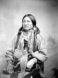 La tribu kiowa es una de las naciones de Nativos Americanos en los Estados Unidos que vivía principalmente en las llanuras del oeste de Texas, Oklahoma y el este de Nuevo México cuando llegaron los primeros europeos. Hoy en día la tribu kiowa tiene reconocimiento federal, con unos 12.000 miembros viviendo en el sudoeste de Oklahoma.