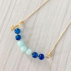 Gargantilla con ágathas azules y aguamarinas más estrellita. #azul #color #estrella #charm #gargantilla #necklace #orogoldfield #ágatha #aguamarina #collar #bisutería #jewelry
