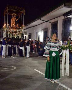 Martes Santo. PH: @karensofiapinzon  #popyan #popayanco #cauca #colombia #semanasanta #popayanco #marcosalberca