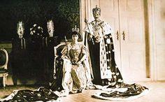 Intrinseco y expectorante: El Rey que propuso un referéndum para que el pueblo eligiese Monarquía o República