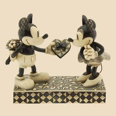 Real Sweetheart-Mickey And Minnie Mouse Figurine