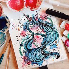 """Foto de @lulooca """"Desde que comecei a desenhar, me sinto uma pessoa mais completa e sincera comigo mesma. Consegui expressar através da minha arte quem eu sou de verdade e que não é errado gostar do diferente. Consegui me amar, entender e aceitar melhor, com meus gostos e meu jeito de ser,"""" conta Luana Gurgel Amaral Figueiredo (@lulooca), estudante de 20 anos, de Natal (RN). Luana encontra inspiração em todo lugar. """"É uma música que escuto, uma pessoa que me prende atenção passando na rua…"""