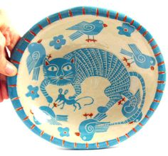 Hey, I found this really awesome Etsy listing at https://www.etsy.com/nz/listing/106939100/sgraffito-handmade-art-pottery-bowl-cat