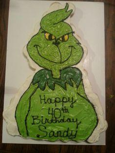 The Grinch Cupcake Cake Christmas Cupcake Cake, Christmas Cakes, Christmas Birthday, 3rd Birthday, Grinch Cake, Grinch Party, Christmas Deserts, Christmas Appetizers, Kid Cupcakes