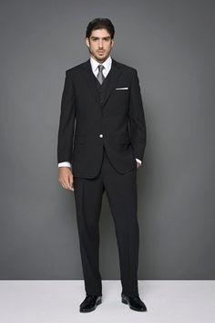 Resultado de imagem para noivo terno preto tradicional