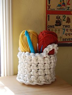 DIY: Crochet Basket.