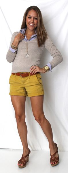 With a Sweater and Shorts There's something so preppy about a sweater and oxford top paired with cotton shorts. Try it in your closet this spring. Spring Summer Fashion, Spring Outfits, Spring Wear, Js Everyday Fashion, Cool Outfits, Casual Outfits, Chambray Top, Chambray Outfit, Sweater And Shorts