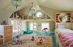 How fun is this!? Multiple beds for a big kids' room