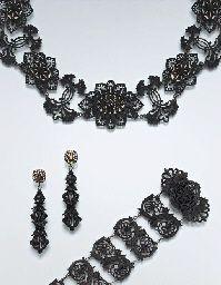 Early 19th century Berlin ironwork jewellery