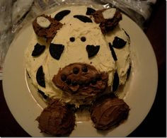 A tasty cow cake for a first birthday party!