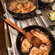Cookin up a little chicken breast! Lol!  Thin sliced chicken breasts Mushrooms Lemmon juice Pepper Artichoke hearts Capers Yummmmmmmmmm #food #foodporn #yum #instafood #TagsForLikes #yummy #amazing #instagood #photooftheday #sweet #dinner #lunch #breakfast #fresh #tasty #foodie #delish #delicious #eating #foodpic #foodpics #eat #hungry #foodgasm #hot #foods #Padgram