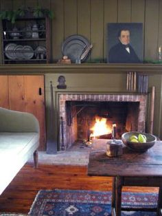 Home of Larry and Janet Bednarzyck - Sneak Peek of A Simple Life Magazine Winter 2013 issue Primitive Fireplace, Primitive Living Room, Primitive Homes, Primitive Antiques, Primitive Country, Prim Decor, Country Decor, Country Homes, Interior And Exterior