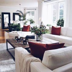 Home Interior Ideas .Home Interior Ideas Home Living Room, Living Room Furniture, Living Room Designs, Red Living Room Decor, Living Room Inspiration, Home Decor Inspiration, Home Interior, Interior Design, Interior Colors