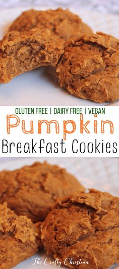 Pumpkin cookies are just about a rite of passage once Fall hits. But if you're looking to stay healthy through the holiday season, then try these guilt-free breakfast pumpkin cookies! via (Pumpkin Breakfast Recipes) Pumpkin Breakfast Cookies, Vegan Pumpkin Cookies, Pumpkin Cookie Recipe, Healthy Cookies, Healthy Desserts, Cookie Recipes, Dessert Recipes, Healthy Pumpkin Recipes, Diabetic Desserts