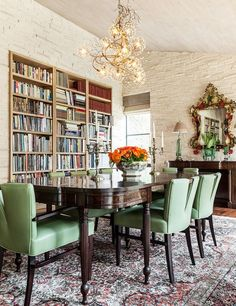 Bibliophile Nirvana: 25 Dining Rooms That Serve Up a Good Read