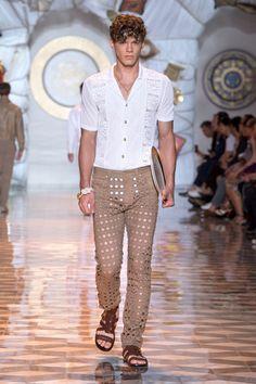 Look 12 - #Versace Men's Spring/Summer 2015 fashion show. #VersaceMenswear