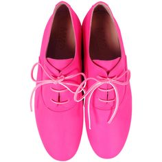 Neon Oxfords ($415) ❤ liked on Polyvore featuring shoes, oxfords, flats, zapatos, pink, neon pink flats, flat shoes, pink flats, leather oxfords and leather oxford shoes