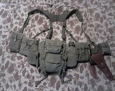 Military Photos, Military Gear, Military Equipment, Military Uniforms, Tactical Equipment, Tactical Gear, Bushcraft, Battle Belt, Army Gears