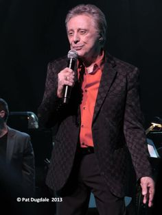Frankie Valli & the Four Seasons 2013 - Louisville, KY Frankie Valli, Jersey Boys, Eric Clapton, Best Memories, Four Seasons, Good People, Good Music, Famous People, Singer