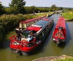 canalboat and narrowboats