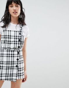 Buy Stradivarius check print dungaree dress at ASOS. With free delivery and return options (Ts&Cs apply), online shopping has never been so easy. Get the latest trends with ASOS now. Dungaree Skirt, Dungarees, Overalls, Shorts, Check Pinafore Dress, New Outfits, Cute Outfits, Dress Skirt, Shirt Dress