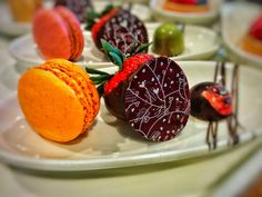 Trio Sample - Macaroon, Chocolate Dipped Strawberry, Truffle