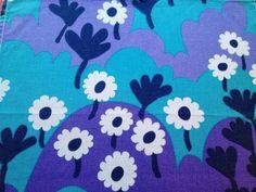 Amazing 60s vintage retro table cloth, tapestry. Scandinavian design. Fantastic colors.