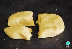 Galletas de Mantequilla Caseras - ¡La Mejor Receta y Más Fácil! Easy Cake Recipes, Bread Recipes, Buttery Cookies, Christmas Cooking, Canapes, Churros, Cake Cookies, Appetizers, Cheese