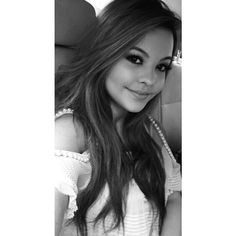 ❤Linda ❤ Julia Gomes, Divas, Teen, Long Hair Styles, Celebrities, Beauty, Beautiful, Shots Ideas, Female Actresses