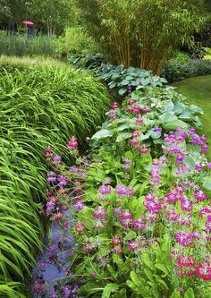 nice garden with stream in the middle!!