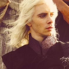 I love him even more when there's wind blowing through that gorgeous silver hair... <3