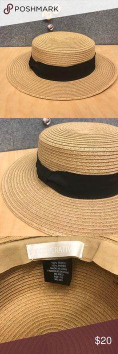Straw Boater Hat Women's straw boater hat - worn only once. Cooperative Accessories Hats