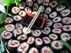 gwendomama: You Wish I Had Come to Your Party: Chocolate Sushi!