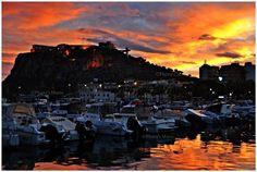 Foto: Photo's Mario  Un atardecer otoñal.  Puerto pesquero.Águilas (Murcia)  Sábado 3 de Noviembre