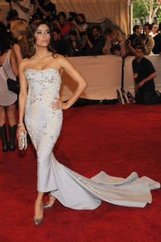 "Eva Longoria Photos: ""American Woman: Fashioning A National Identity"" Met Gala - Arrivals"
