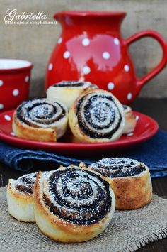 Gabriella kalandjai a konyhában :) Hungarian Desserts, Hungarian Recipes, Waffle Cake, Light Desserts, Baking And Pastry, Eat Dessert First, Homemade Cakes, Sweet Bread, Cakes And More