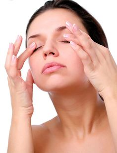Infection of this area around eyes has blepharitis that has majorly caused due to infection & eyelids. Below are Six herbal remedies for blepharitis. Foot Remedies, Natural Remedies, Herbal Remedies, Beauty Secrets, Beauty Hacks, Beauty Tips, Facial Exercises, Toning Exercises