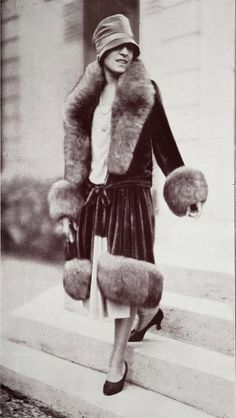 Les Modes (Paris) 1927 Manteau. Creation de Jean Patou