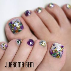 "235 Likes, 22 Comments - つづみ【Juaroma-Gem】 (@tsuzumi.gem) on Instagram: ""ワタシフット今年はギラつきます! #nail #nailart #naildesign #gel #gelart #art #beautiful #vetro #nailswag…"""
