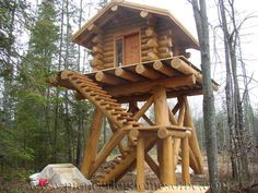 Log Cabin Deer Stand can find Hunting blinds and more on our website. Hunting Stands, Deer Stands, Deer Stand Plans, Lookout Tower, Deer Hunting Blinds, Hunting Cabin, Log Cabin Homes, Cabins In The Woods, Woodworking Projects