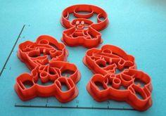 Athey Moravetz es una mamá geek que ya encontró la forma de emprender utilizando impresoras 3D. Cuando dejó de trabajar en la industria del diseño de videojuegos para poder criar a sus dos hijos, tuvo la interesante idea de incursionar en el mundo de la impresión 3D. Maybe something for 3D Printer Chat?