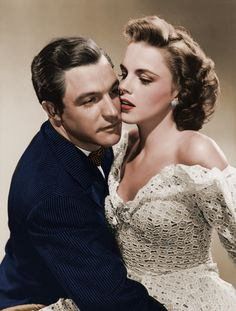 Gene Kelly, Judy Garland- oh old hollywood Hollywood Stars, Old Hollywood Glamour, Golden Age Of Hollywood, Vintage Hollywood, Classic Hollywood, Hollywood Couples, Hollywood Jewelry, Vintage Glamour, Gene Kelly