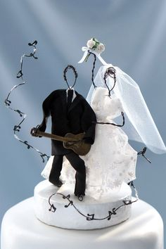 Music wedding cake top, guitar wedding cake topper, unique cake topper, whimsical cake top, rustic wedding cake top, wire figurine cake top Music Wedding Cakes, Guitar Wedding, Unique Wedding Cakes, Unique Cakes, Beautiful Wedding Cakes, Unique Cake Toppers, Wedding Cake Toppers, Cat Wedding, Wedding Ideas