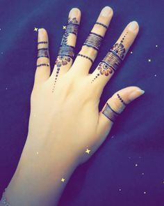 Another side of my art temp-tattoo (Henna) ✌ Henna Pen, Foot Henna, Yakuza Tattoo, Original Flash, White Henna, Temp Tattoo, Hawaiian Tattoo, Henna Artist, Bridal Henna