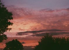 nstagram || alexyssjayne sky / clouds / sunset / sunrise / colorful / skies / beautiful / pretty / gorgeous / cloudy / creation / God's painting / aesthetic /